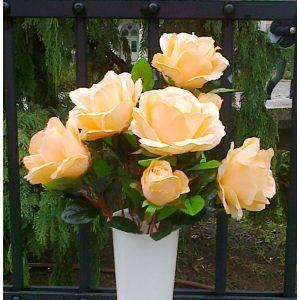 Nadgrobno cvijeće,svijeće i vaze